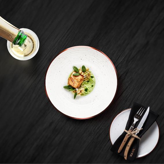 JAX-Branding-Awra-Bistro-Dinner-Served